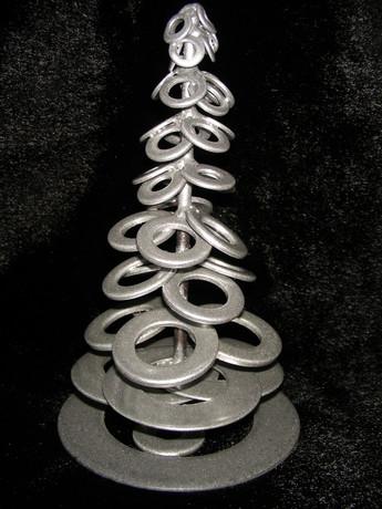 Ёлка из металла своими руками