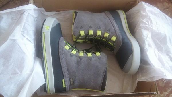 Зимние сапоги Merrell Snow Bank Waterproof Boot b0d91e3db8993