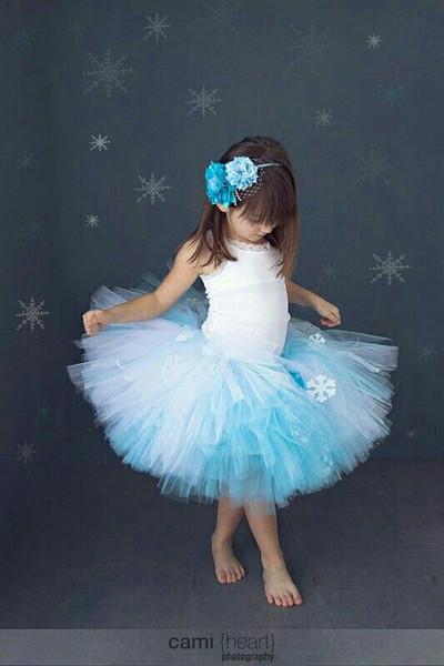 Как сделать ребенку платье снежинки