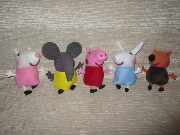 Мягкая игрушка Свинка Пеппа - Слоненок Эмили, 20 см