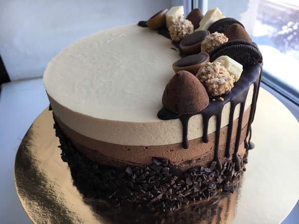 торт шоколадный оформление фото