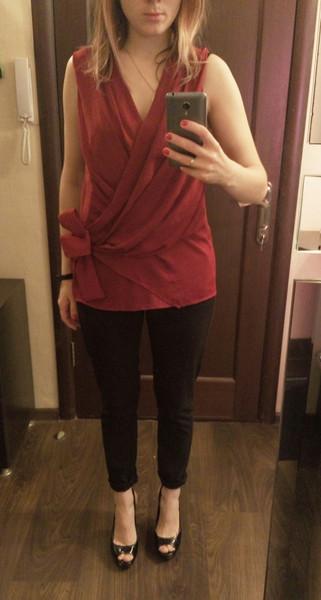 Чи для ресторану все таки варто купити нову сукню  Допоможіть з ідеями) не  хочу виглядати надто вичурно та й непомітно також) e4742bee35147