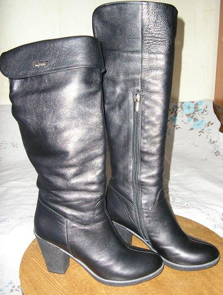 90fcc5288 Кожаные сапоги, еврозима на искуств. меху, одевала 1 раз-мне велики,  состояние новых.Размер полный 37 (хотя указан38) Фирма Ellenka (Nina), ...