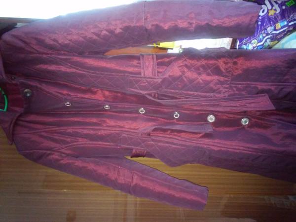 Продам не дорого верхній жіночий одяг. 5c634c11e8060